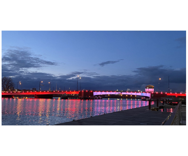 Lights on Ray Nitschke Bridge